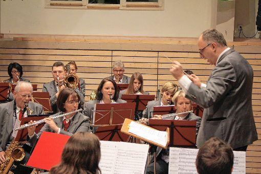 Die Hebelmusik bei einem ihrer Auftritte.     Fotos: Anja Bertsch Foto: Markgräfler Tagblatt
