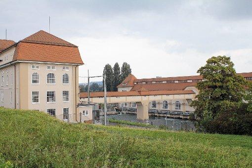 Die Firma Energiedienst will in Wyhlen neben dem Flusswasserkraftwerk eine Wasserstoffelektrolyse-Anlage bauen.   Foto: Tim Nagengast Foto: Die Oberbadische
