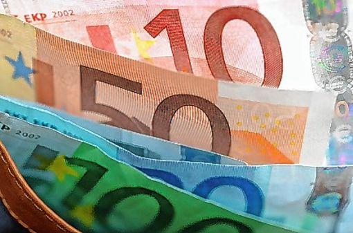 Euroscheine sind nicht sicher vor Fälschern.  Foto: Archiv Foto: Die Oberbadische