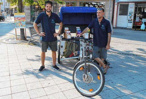 Die mobilen Jugendarbeiter vom SAK setzen jetzt in Rheinfelden auch eine Fahrrad-Rikscha ein.   Foto: zVg Foto: Die Oberbadische