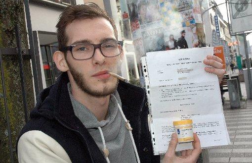 Alejandro Josè Häßler bekommt sein Cannabis aus der Apotheke. Er kämpft um die Kostenübernahme.  Foto: Marco Fraune Foto: Die Oberbadische