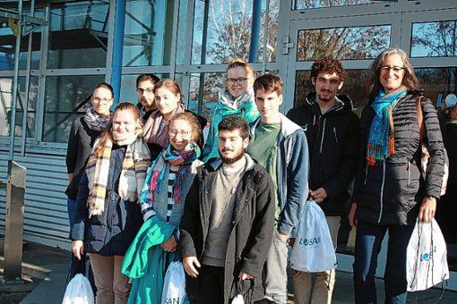 Der Chemiekurs des Neuenburger Kreisgymnasiums erhielt Einblick in ein Pharmaunternehmen. Foto: zVg/Andrea Wolf