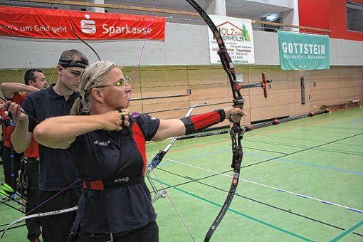 Olga Fusek  nimmt für die SG Zell das Ziel ins Visier. Foto: Die Oberbadische