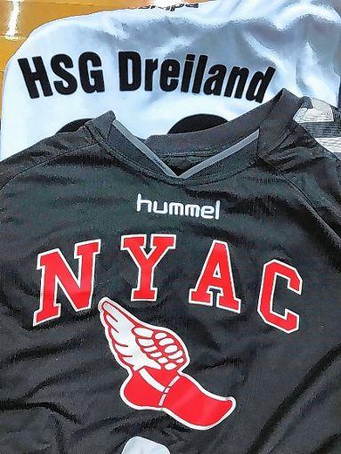 HSG und NYAC: Schambergers bevorzugte Trikots. Foto: Die Oberbadische