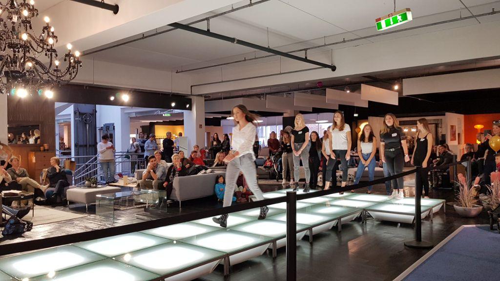 Lorrach Modelcasting Im Mobelhaus Lorrach Verlagshaus Jaumann