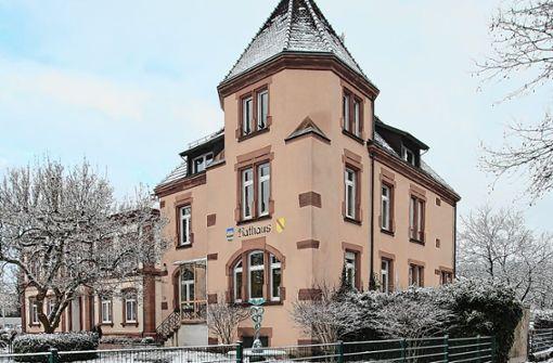 Steinener Rathaus im Winterkleid. Foto: Harald Pflüger