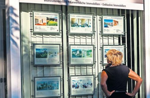 Wenn es nach dem Gesetzgeber geht, müssen Makler und Wohnungseigentumsverwalter künftig einen Sachkundenachweis erbringen. Foto: Mierendorf