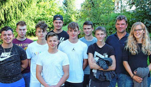 Anfang September sind die neuen Auszubildenden bei der Firma Mahle in Zell ins Berufsleben eingestiegen.   Foto: zVg Foto: Markgräfler Tagblatt