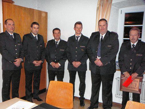 Bei der Generalversammlung der Feuerwehr Wintersweiler wurden (von links) Hansjörg Graf, Michael Kuhn, Reiner Walter, Michael Lang, Florian Kammerer und Peter Ritter geehrt. Foto: Rolf Mück