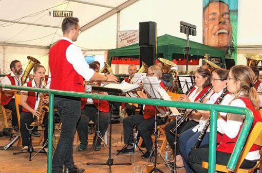 """Zum Auftakt spielte der Musikverein """"Edelweiß"""" Malsburg-Marzell.    Foto: Heiner Fabry Foto: Markgräfler Tagblatt"""