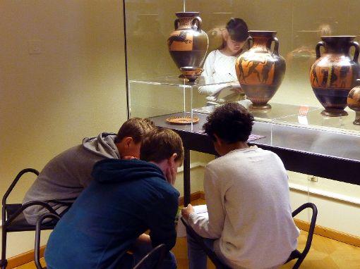 Der Besuch im Basler Antikenmuseum war ein Höhepunkt der Ad-fontes-Projektwoche.              Foto: zVg Foto: Die Oberbadische