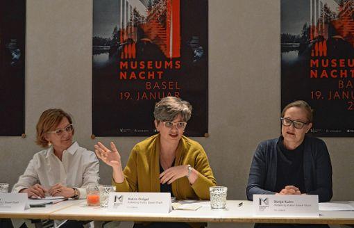 Stellen das Programm der Museumsnacht vor (von links): Eva Keller, Katrin Grögel und Sonja Kuhn von der Kulturabteilung Basel-Stadt.   Foto: Veronika Zettler Foto: Die Oberbadische