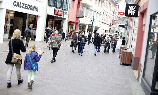 Blick in die belebte Turmstraße Foto: Kristoff Meller Foto: Kristoff Meller