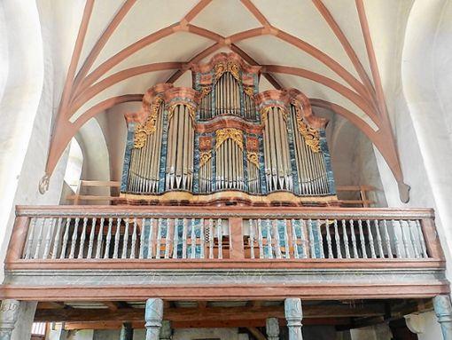 In der alten Kirche geht es bei der Führung am kommenden Sonntag um die beiden Orgeln.   Foto: Anja Lohse Foto: Markgräfler Tagblatt