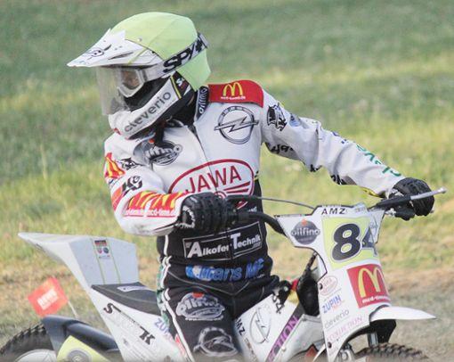 Martin Smolinski begeistert wieder die Fans  in Hertingen.   Fotos: Gerd Lustig Foto: Die Oberbadische